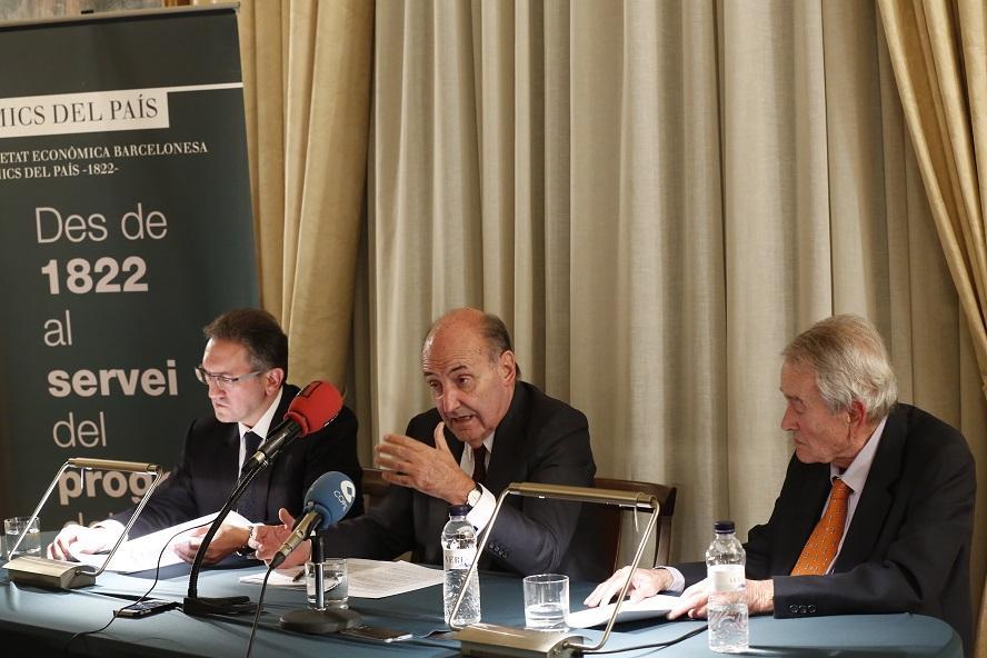 Miquel Roca presenta en roda de premsa l'Informe Anual de la Societat Econòmica Barcelonesa d'Amics del País