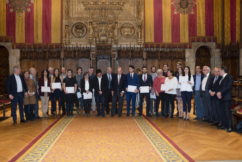 Amics del País celebra el tradicional acto de entrega de los premios Amics del País, un claro compromiso con la investigación, el conocimiento y la cohesión social