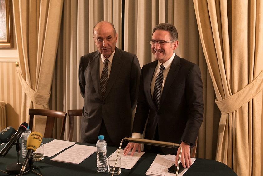 Miquel Roca y Jaume Giró presentan el Informe Anual de la SEBAP